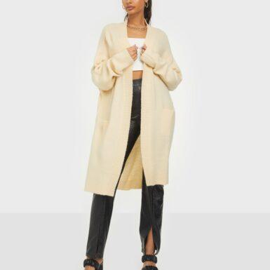 NLY Trend Cozy Cardigan Knit Stickade tröjor Beige