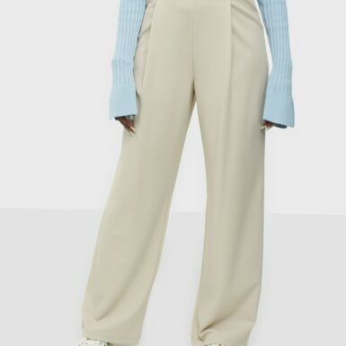 NLY Trend Everything Crepe Pants Byxor Beige