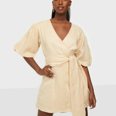 Faithfull the Brand Godiva Wrap Dress Loose fit dresses