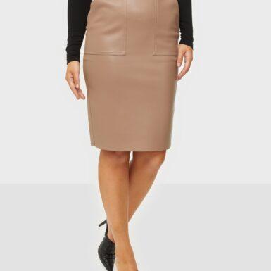 NLY Trend Pu Cargo Skirt Midikjolar